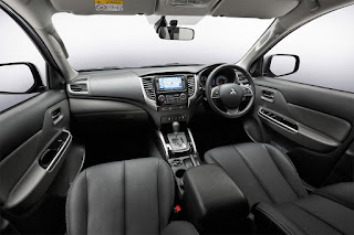 Tampilan Interior Mitsubishi Triton