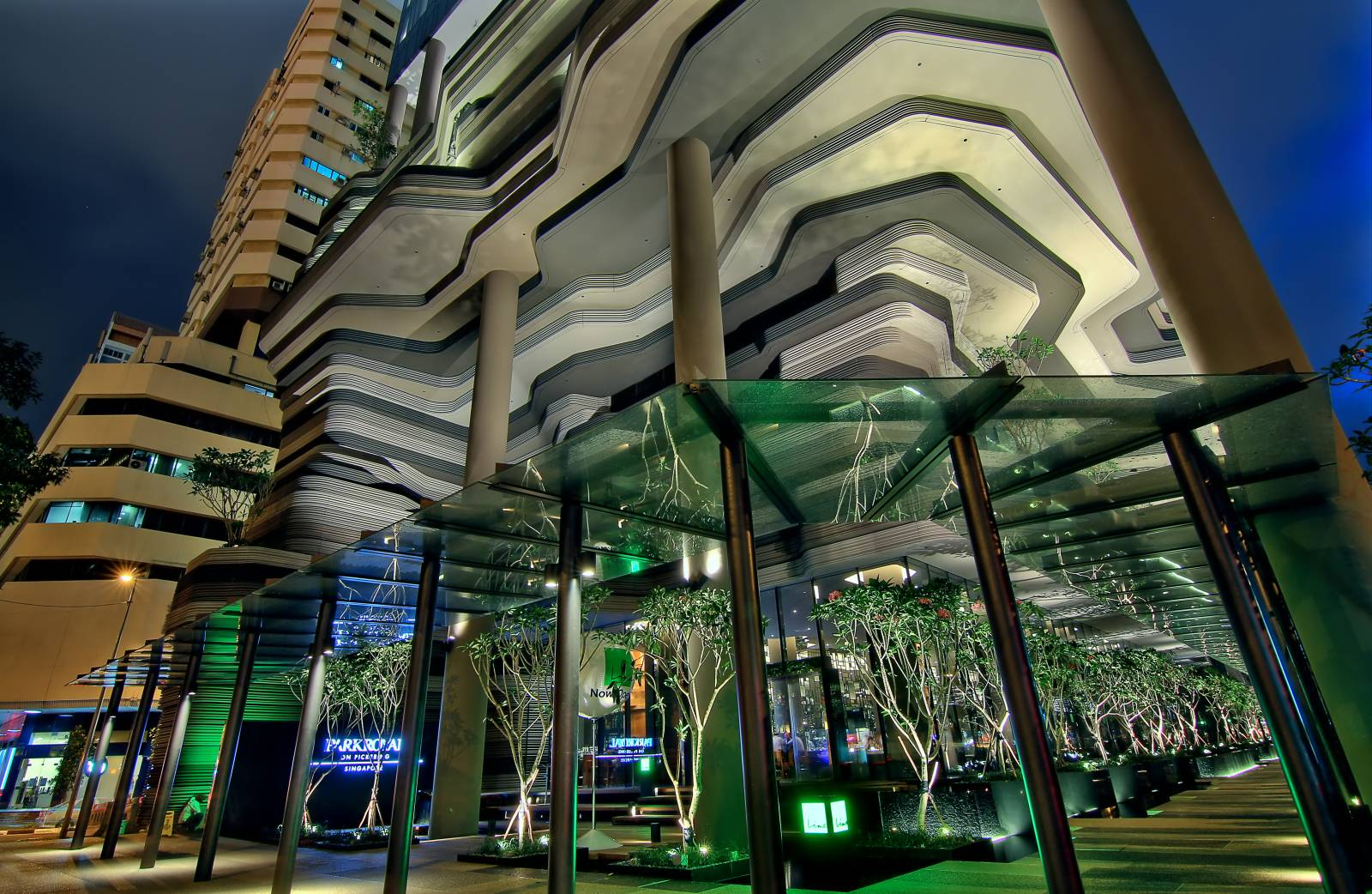 Parkroyal on pickering by woha a as architecture for Hotel royal