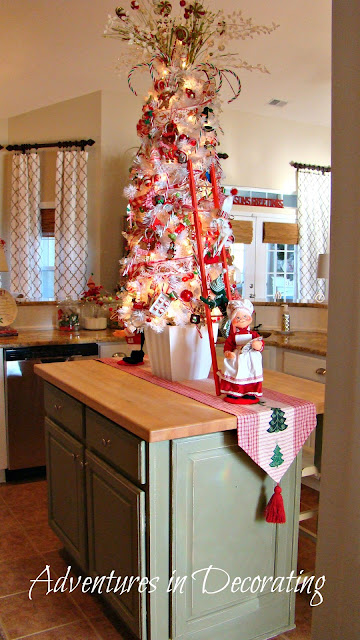Adventures In Decorating Our Fall Kitchen: Adventures In Decorating: Christmas Whimsy In The Kitchen