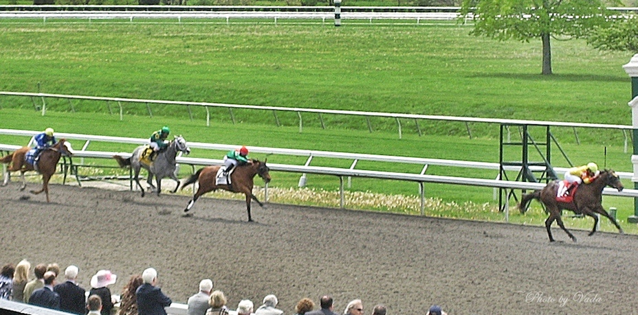 Photos By Vada Lunch And A Race At Keeneland