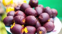fruit around the world, strange fruit, strange fruit around the world, crazy fruit, crazy fruit around the world, AGUAJE FRUIT