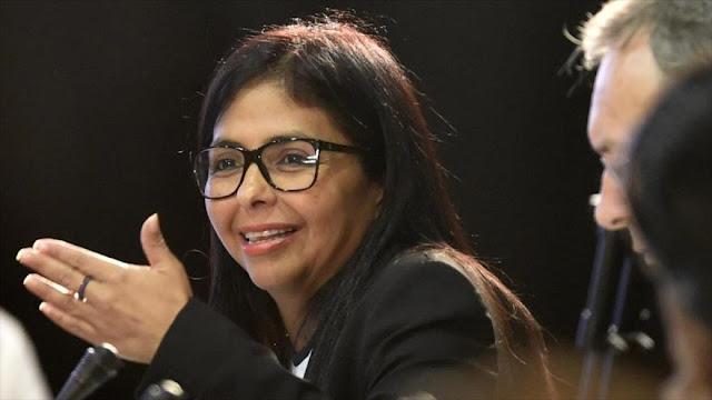 """Venezuela censura declaraciones """"destempladas"""" de canciller chileno"""