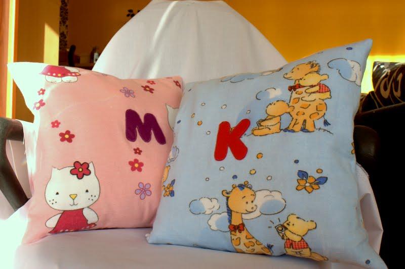 prezentów ciąg dalszy....flanelowe poduszki dla dzieciaczków