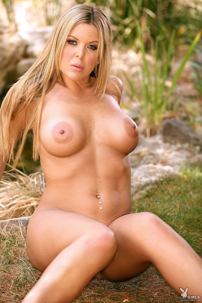 [Playboy Archives] Christine Vinson - Bustybabes / Real American Girls 1588309554_christine.vinson