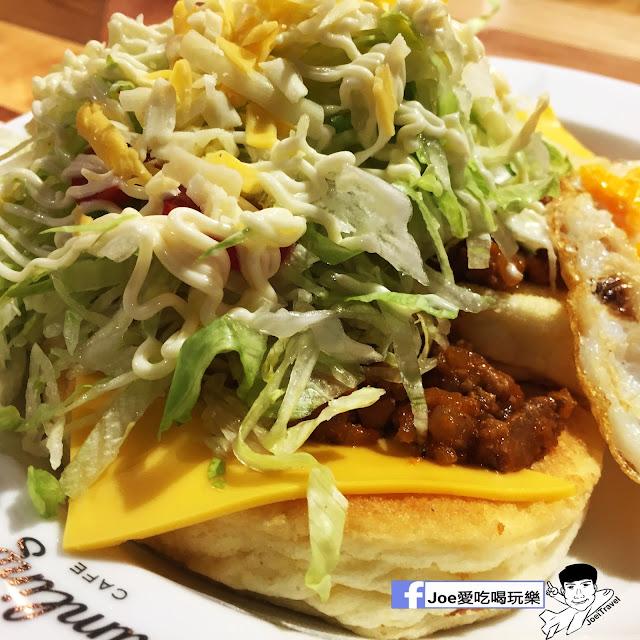IMG 0320 - 【台中甜點】jamling Cafe 台中 - 來自東京鬆鬆軟軟入口即化的鬆餅 貓王鬆餅 吃起來有花生的甜 培根的鹹 ~一整個超級特別!!