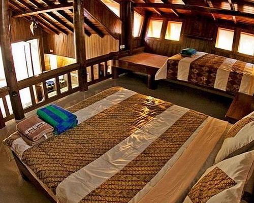 Tinuku.com IstanaOmbak Eco Resort in Pacitan combines surf culture and architecture coastal ethnographic