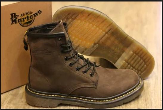 daftar merk sepatu branded terbaru