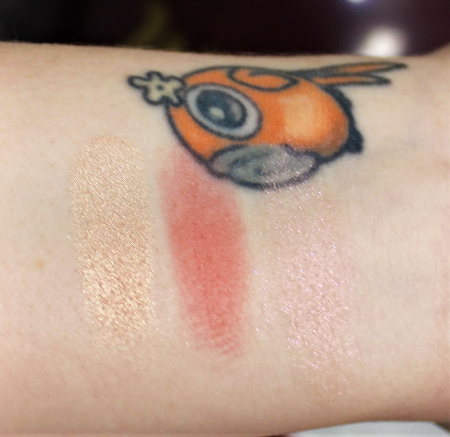 Urban Decay Naked Cherry Blush swatches