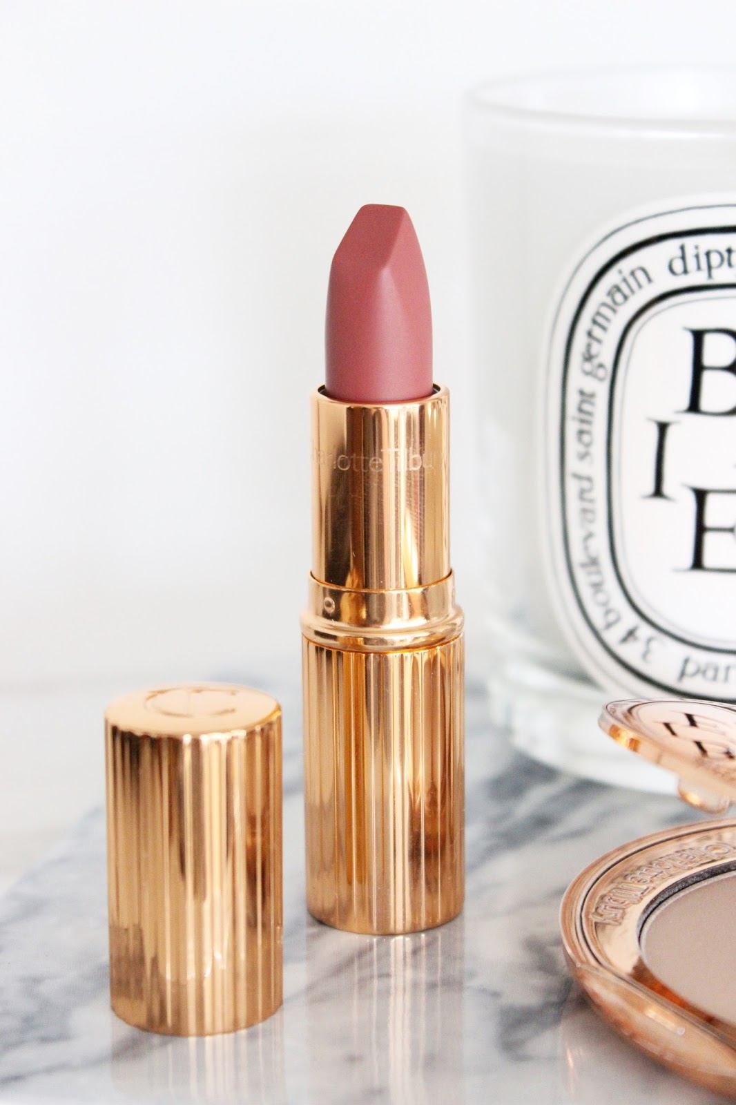 Charlotte Tilbury Matte Revolution Pillow Talk | Review & Swatches