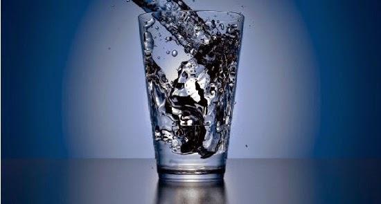 beber muita água pode matar