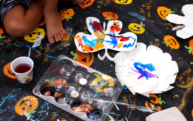Paint your paper plate butterflies