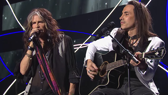 Aerosmith's Steven Tyler and Extreme's Nuno Bettencourt in one stage.