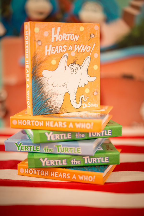 dr+seuss+doctor+green+eggs+ham+birthday+party+theme+event+diy+do+it+yourself+girl+boy+green+orange+blue+pink+red+candy+table+buffet+bar+cake+cat+in+hat+cary+diaz+photography+7 - A Seussville Bonanza