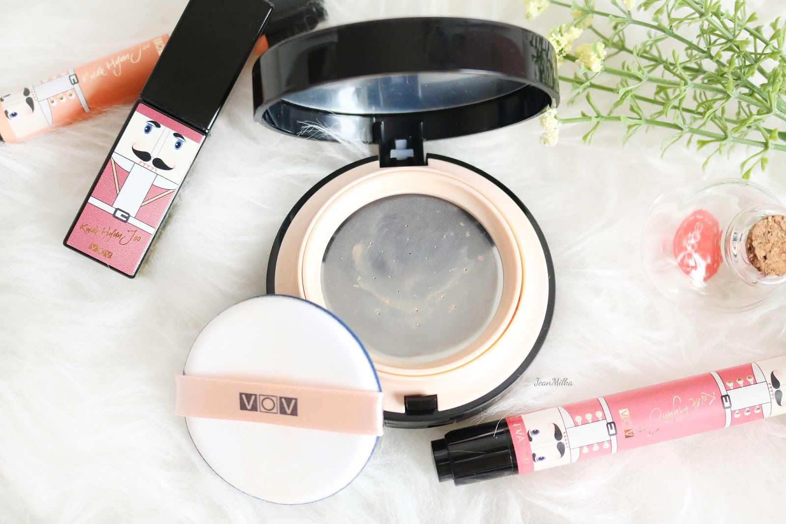 vov, vov cosmetics, vov runway, vov x kwak hyun joo, vov makeup, makeup, beauty, korean, review