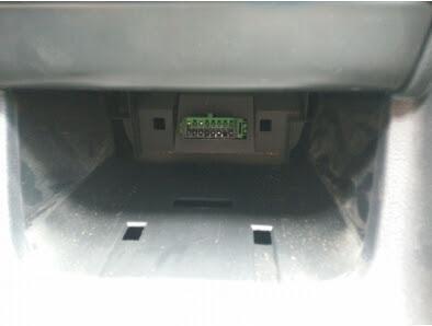 peugeot-308-obd-socket-2