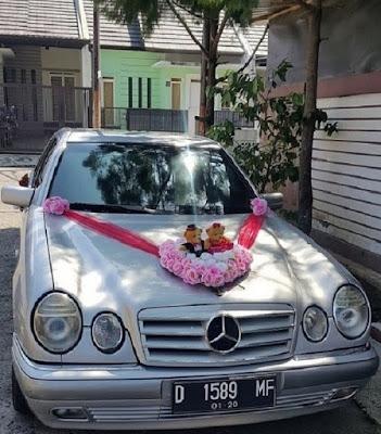 Rental Mobil Pengantin Mercy-01