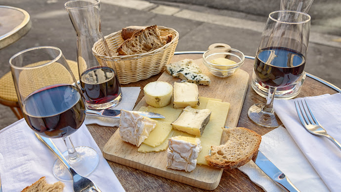 Wallpaper: Cheese, Wine and Toast