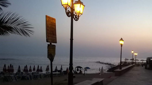 Beach Strand Nacht Abend Italien Italia Salerno Sonnenuntergang