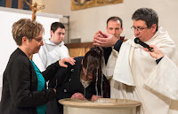 Baptême d'Olivia, Eglise Paron Notre Dame Veillée Pascale 2015