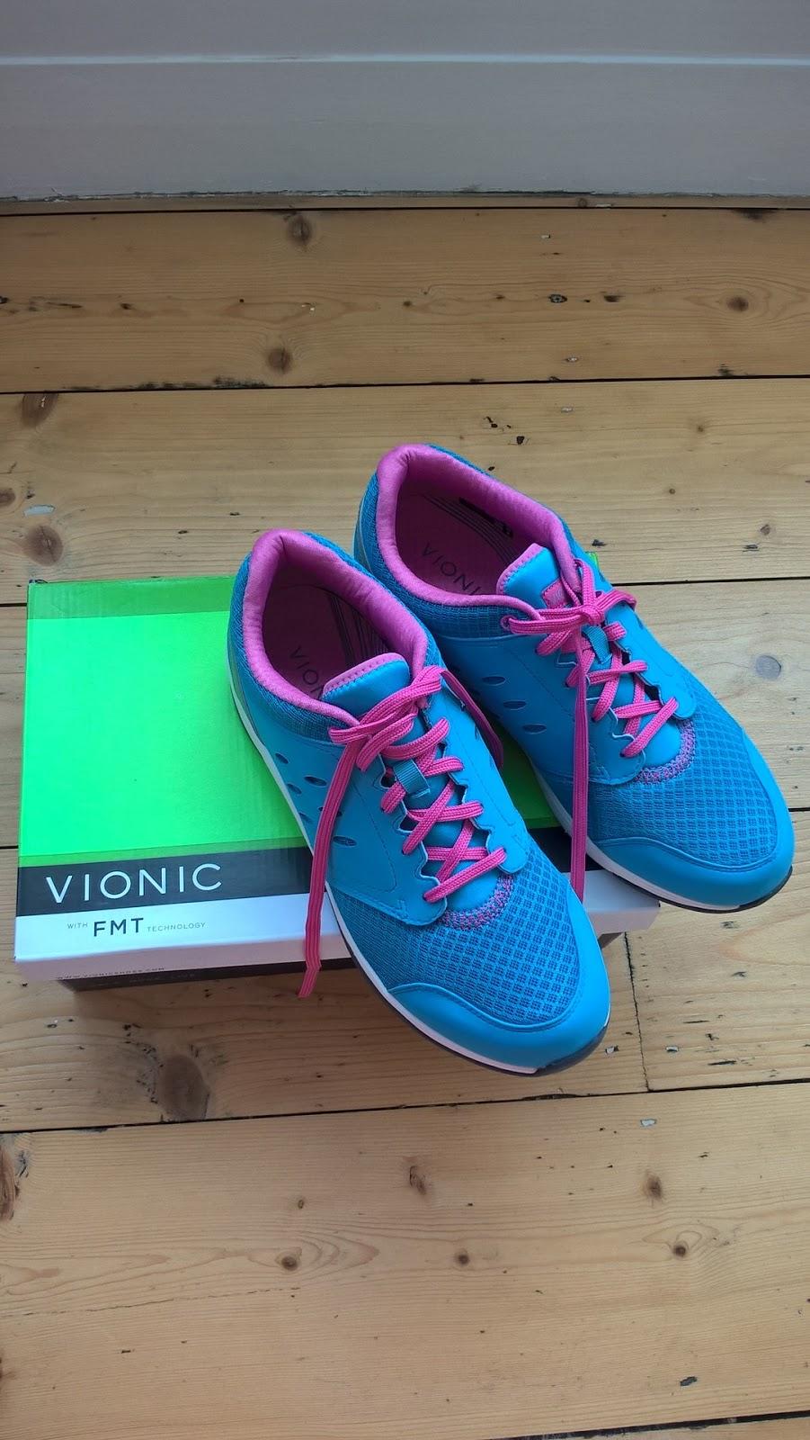 Vionic shoes - Venture Walker trainers