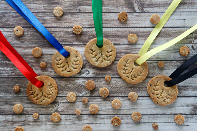 http://dalmatiandiy.blogspot.co.nz/2016/07/how-to-make-olympic-medal-dog-treats-or.html