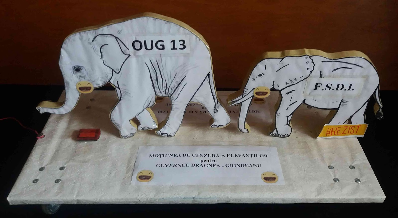 Dragnea - De ce s-a grăbit Dragnea să distrugă guvernul Grindeanu  Motiunea%2Bde%2Bcenzura%2Ba%2Belefantilor