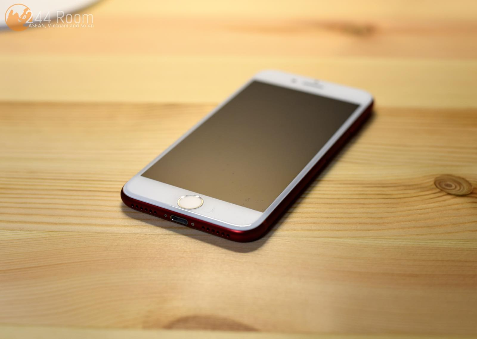 iPhone7 RED Special Edition 表面