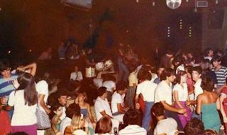 Τότε που οι θρυλικές ντισκοτέκ της δεκαετίας του '80 έβαζαν φωτιά στις νύχτες