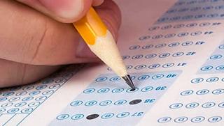 Prediksi Soal dan Kunci Jawaban UAS Fisika Kelas 12 Semester 1