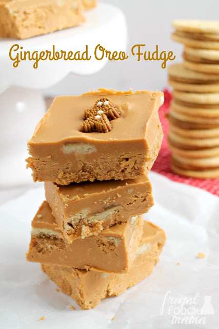 Requiring just 4 simple ingredients & your microwave to make, this Gingerbread Oreo Fudge is the perfect last minute holiday treat.