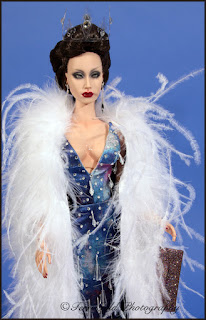 Collecting Fashion Dolls By Terri Gold Sales Sybarite