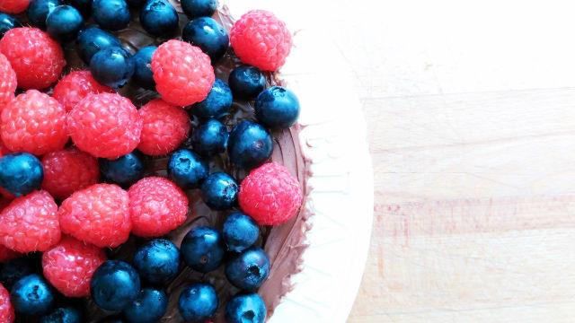 tarta de obleas con Nutella y frutas