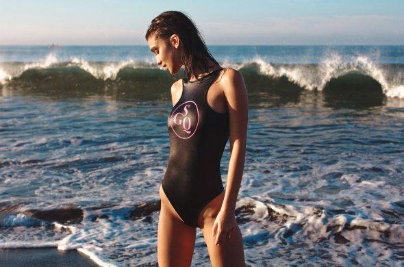 Paula Bulczynska - God Save Queens biquinis roupa de banho ensaio fotográfico fashion sensual beleza modelo mulheres