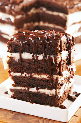 K'Mich Weddings - wedding planning - brown lasagna - dessert idea - delish.com