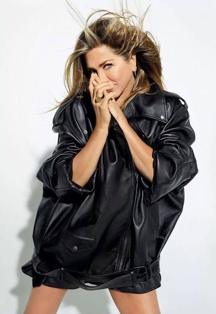 Jennifer Aniston Reveals Why She Looks So Pretty, And Her Post Goes Viral