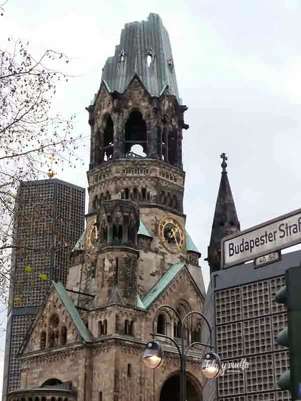 Torre de la iglesia memorial del Kaiser Guillermo