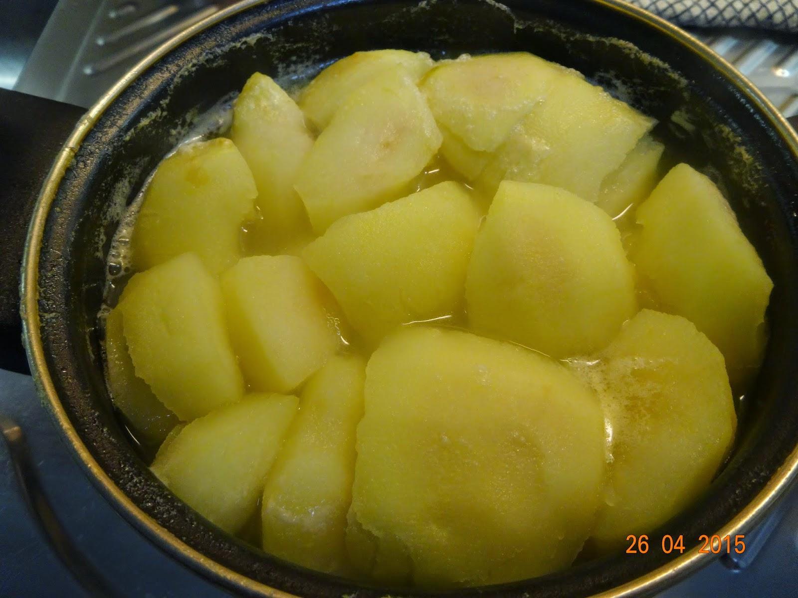 Cocinar es un sentimiento volcan de morcilla con yema for Cocinar yemas de huevo
