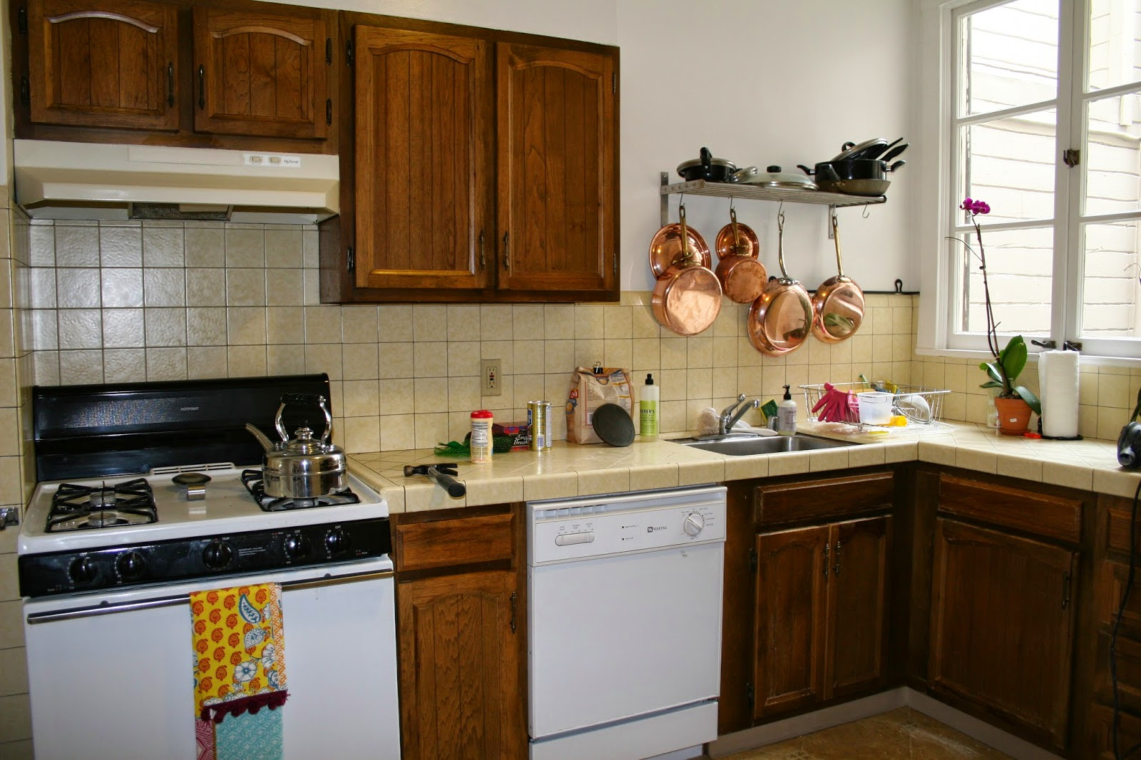 customkitchencabinets blogspot repainting kitchen cabinets
