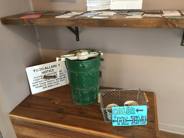 Antique ice cream maker at Riverbottom Ice Cream Co