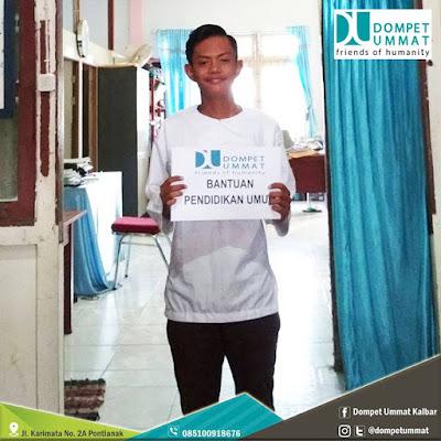 Sahrul memasuki tahun kedua di SMA Islam Haruniyah kota Pontianak. Photo courtesy Dompet Ummat Pontianak