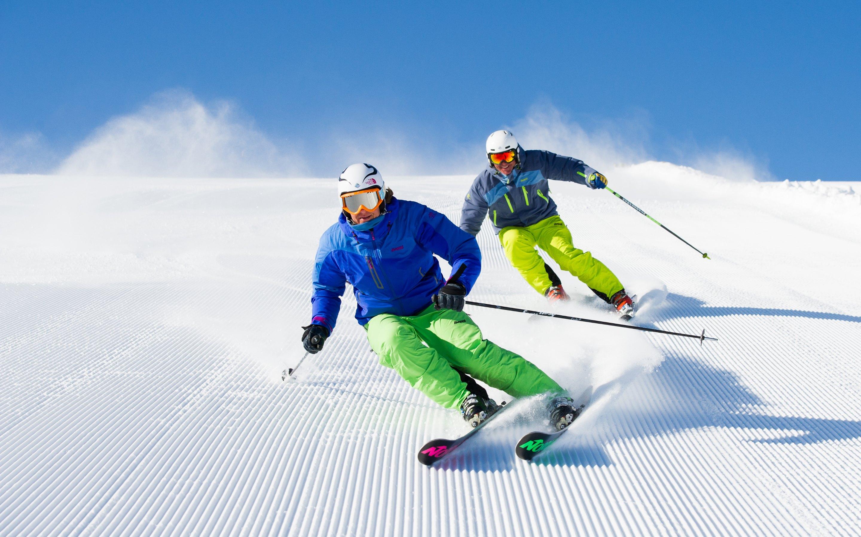Powder skiing hd