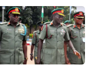 {SML NEWS}» Criminals in fake military uniform assaulting fellow citizen - Nigerian Army (video)