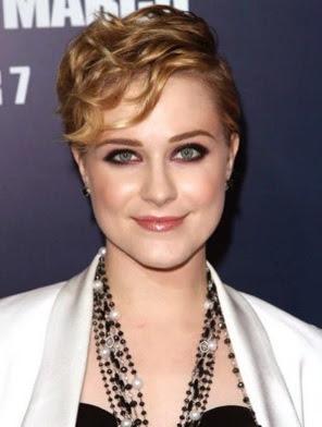 potongan model rambut pendek bergelombang perempuan tahun 2011