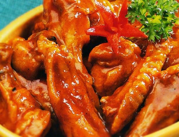 Benarkah Makan Sayap dan Ceker Ayam Bisa Picu Kanker?