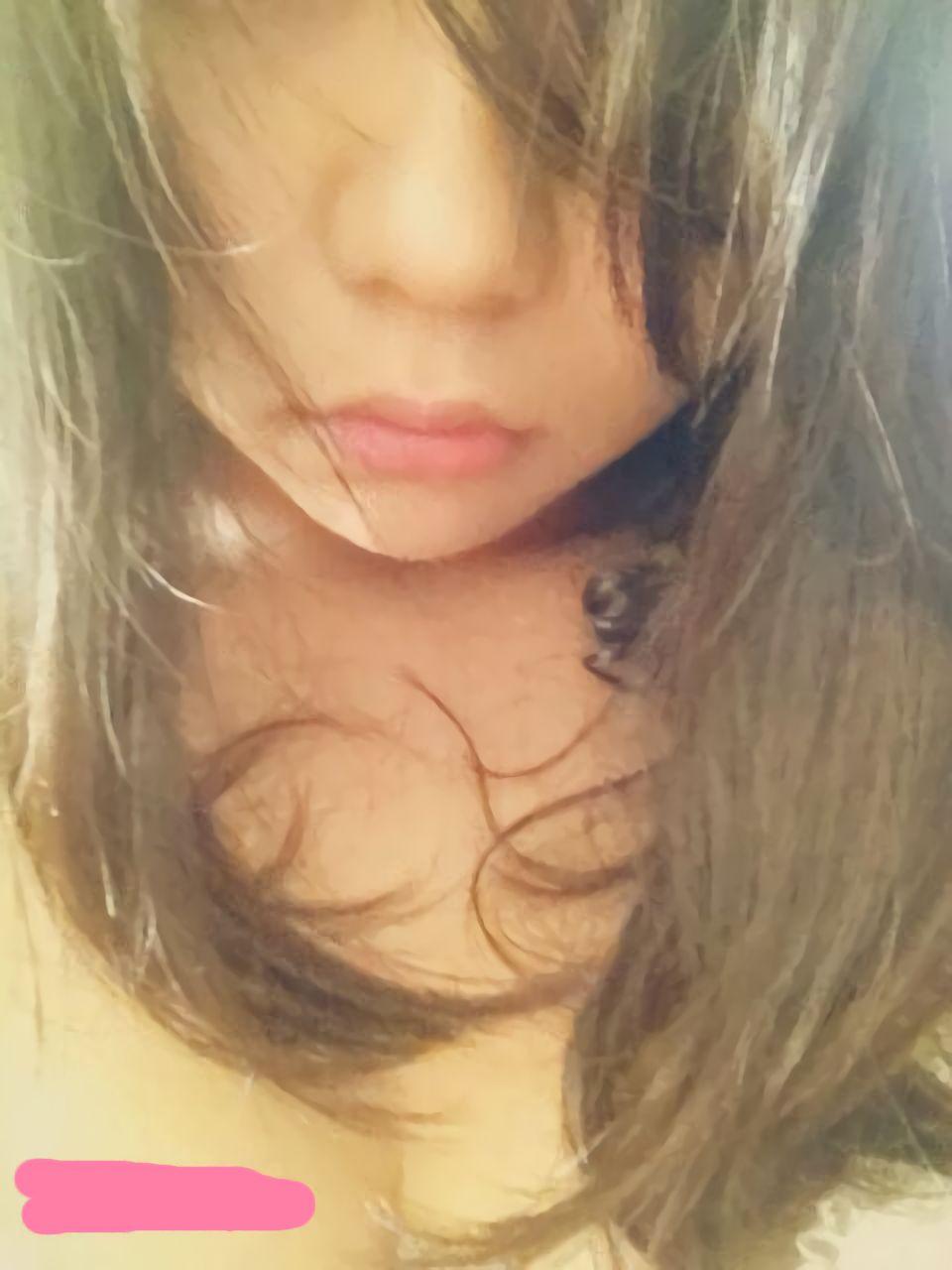 gambar bokep abg jepang toket gede suka pamer foto selfie saat telanjang
