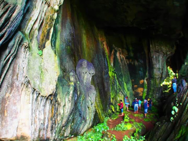 Cocok untuk yang suka wisata adrenalin Goa Batu kapal