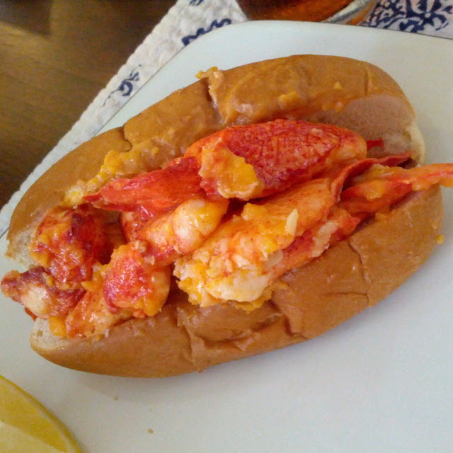 Lobster Roll | Taste As You Go