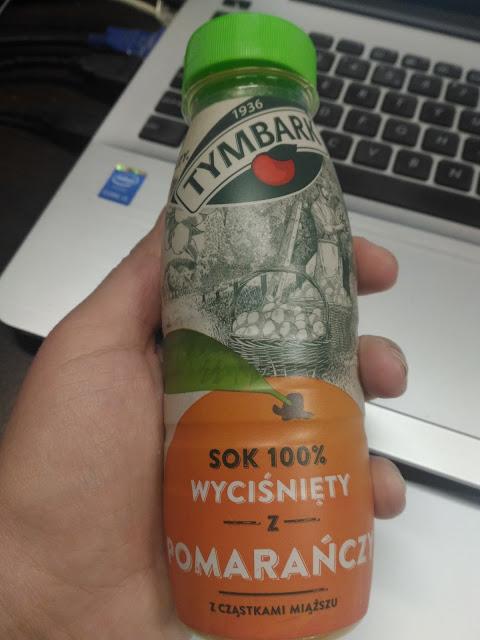 sok z pomarańczy wyciskany
