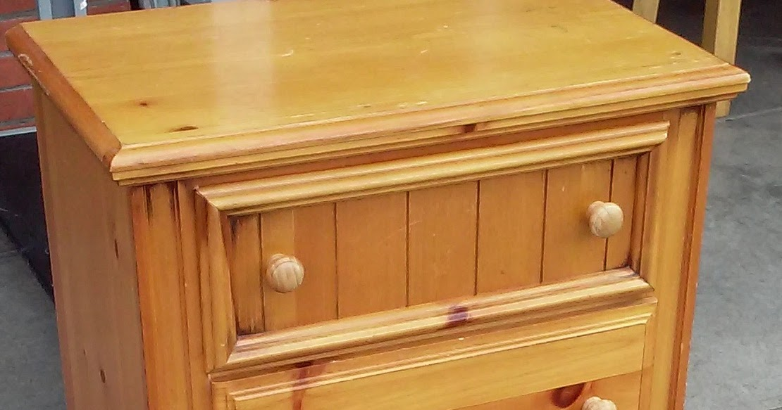 Uhuru Furniture Collectibles Sold Broyhill Knotty Pine Nightstand 25