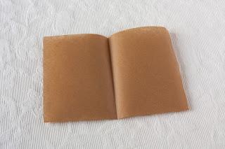 Priprema papira za oblaganje dna tepsije